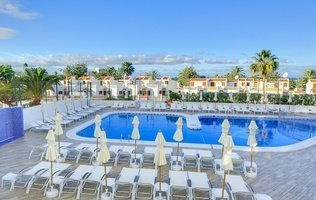 Piscina Hotel Coral Ocean View